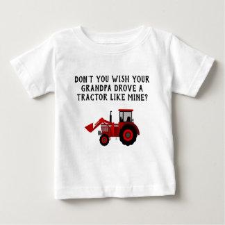 Camisetas Vovô vermelho do trator do bebé engraçado