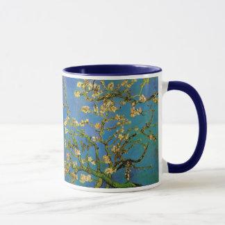 Caneca Árvore de amêndoa de florescência por Vincent van