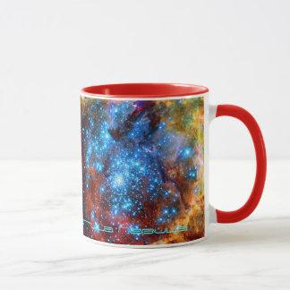 Caneca Berçário estelar R136 na nebulosa do Tarantula