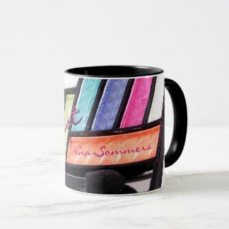 Caneca Café colorido da paleta da sombra do maquilhador