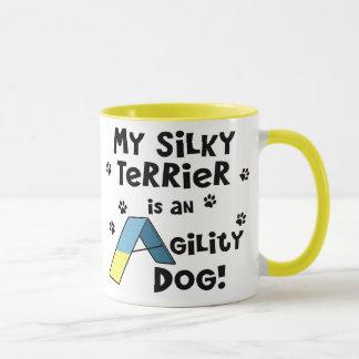 Caneca Cão da agilidade de Terrier de seda
