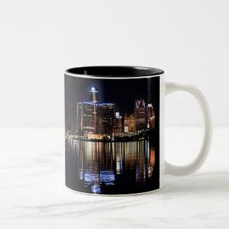 Caneca da skyline de Detroit