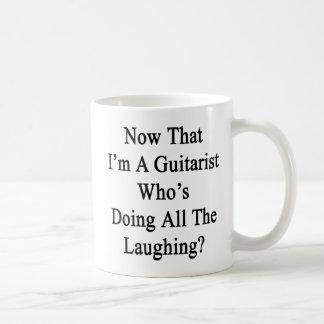 Caneca De Café Agora que eu sou um guitarrista que esteja fazendo