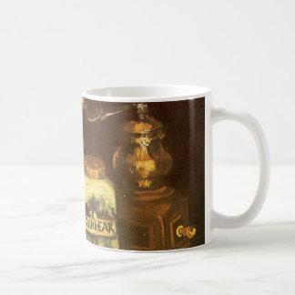 Caneca De Café Ainda vida com o moinho de café por Vincent van