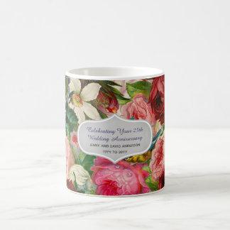 Caneca De Café Aniversário de casamento - costume floral dos