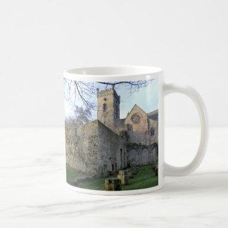 Caneca De Café As ruínas da abadia de Culross no pífano
