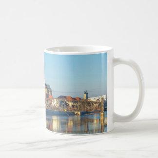 Caneca De Café Catedral de Magdeburgo com rio Elbe 01,2