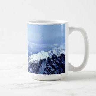 Caneca De Café Cumes austríacos no inverno