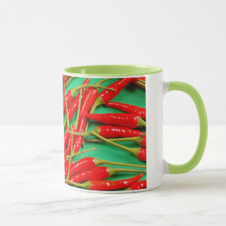 Caneca de café do impressão das pimentas de