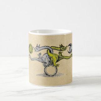 Caneca De Café Dragões do ouro & da prata da alquimia