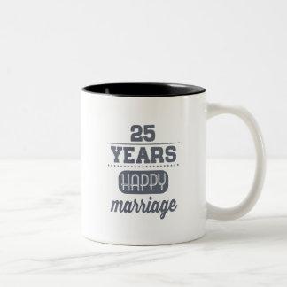 Caneca De Café Em Dois Tons 25 anos de casamento feliz