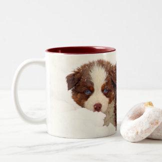 Caneca De Café Em Dois Tons Filhotes de cachorro australianos do pastor
