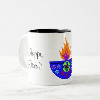 Caneca De Café Em Dois Tons Lâmpada colorida Diya de Diwali