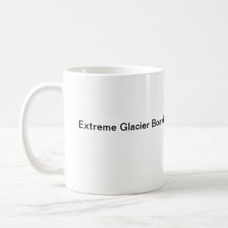 Caneca de café extrema do embarque da geleira