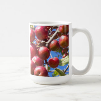 Caneca De Café Maçãs de caranguejo no outono