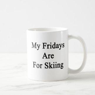 Caneca De Café Minhas sextas-feiras são esquiando