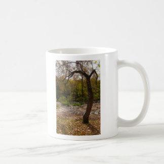 Caneca De Café Natureza que alcança para fora