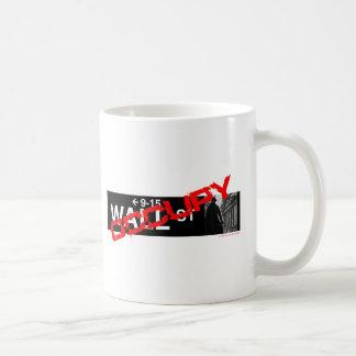 Caneca De Café Ocupe o sinal de Wall Street
