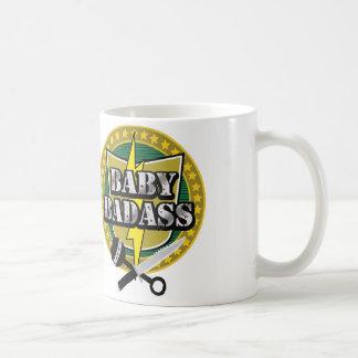 Caneca de café original do logotipo de Badass do