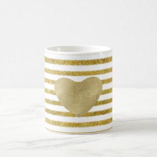 Caneca De Café Ouro e coração branco das listras do chique