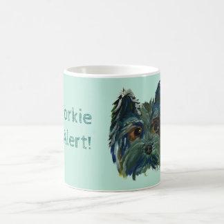 Caneca De Café Pintura bonito do filhote de cachorro de Yorkie no