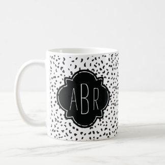 Caneca De Café Pontos Dalmatian preto e branco modernos