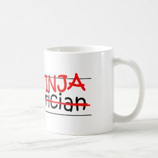Caneca De Café Posição Ninja - pediatra