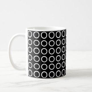 Caneca De Café Preto branco dos círculos