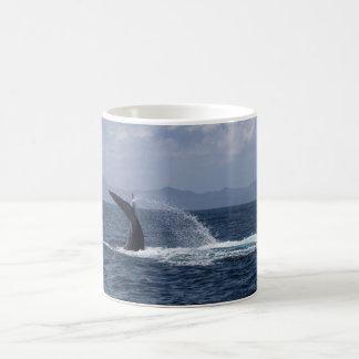 Caneca De Café Respingo da cauda da baleia de Humpback