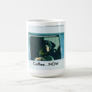 """Caneca De Café Rottweiler """"café AGORA"""" agride"""
