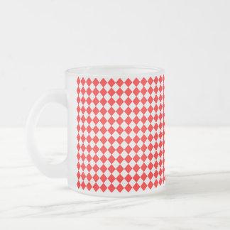 Caneca De Café Vidro Jateado Teste padrão vermelho e branco do diamante por