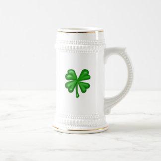 Caneca De Cerveja Trevo do trevo da folha do verde quatro