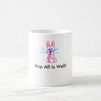 Caneca engraçada do coelho dos desenhos animados