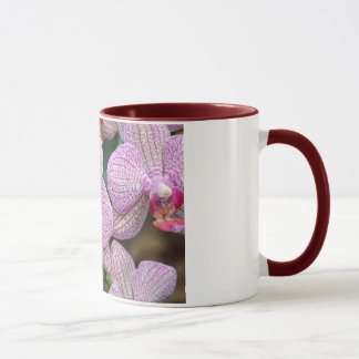 Caneca Flores cor-de-rosa tropicais da orquídea de traça