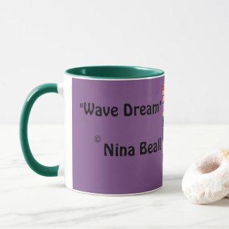 Caneca ideal da onda por Nina Beall