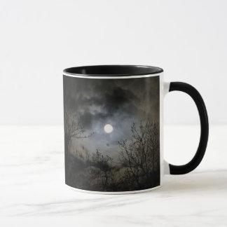 Caneca Lua cheia em uma noite escura Mystical