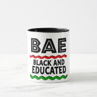 Caneca preta e educada de BAE