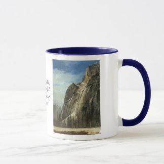Caneca Rochas da catedral, uma opinião de Yosemite