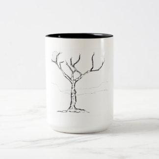 Caneca solitária da árvore