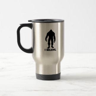 Caneca Térmica Eu acredito   Bigfoot   Sasquatch