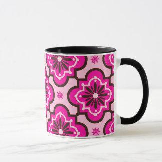 Caneca Teste padrão marroquino do azulejo, cor-de-rosa e