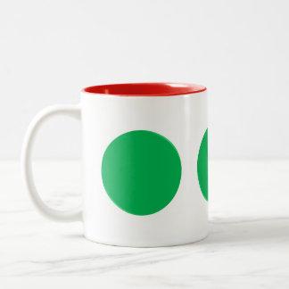 Caneca verde dos pontos