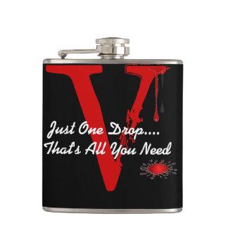 Cantil apenas uma garrafa do bebendo do sangue do vampiro