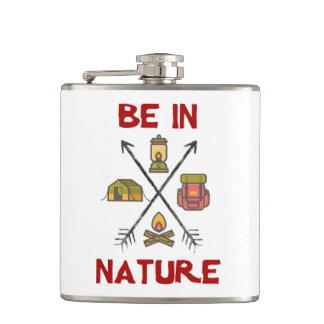 Cantil Esteja na natureza