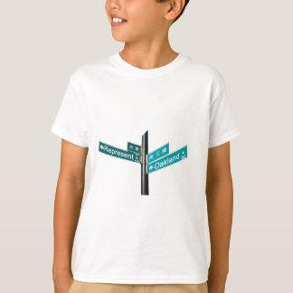 Canto Represent & de Oakland (www.repoakland.com) T-shirt