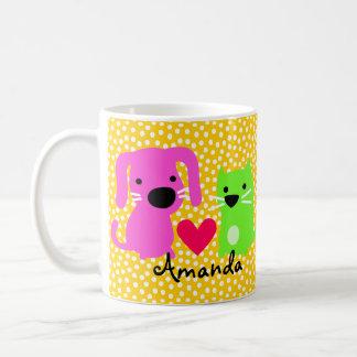 Cão bonito & gato & coração caneca