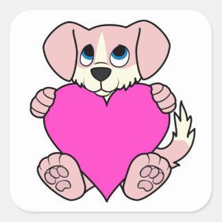 Cão cor-de-rosa do dia dos namorados com coração adesivo quadrado
