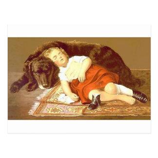 Cão da criança e do sono cartão postal