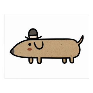 Cão extravagante do Wiener com chapéu Cartão Postal