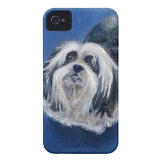 Cão pequeno brincalhão preto e branco capinhas iPhone 4